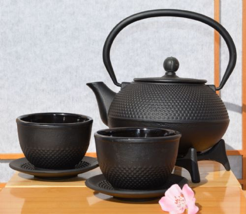 Cups, Star Trivet 125 & Cast Iron black hobnail tea pot kettle 0.6 litre Tetsubin Japanese style